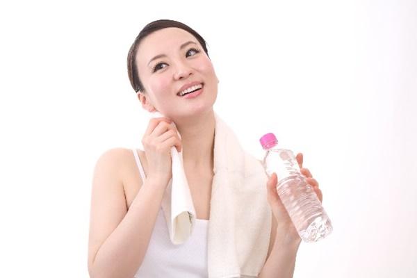 汗をかく|女性のワキガ
