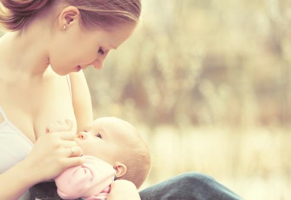 授乳中・妊婦の生酵素|飲んでも平気?