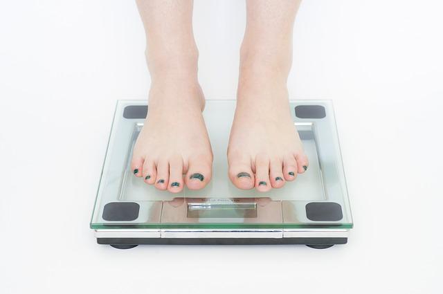 1週間便秘|体重は減る?