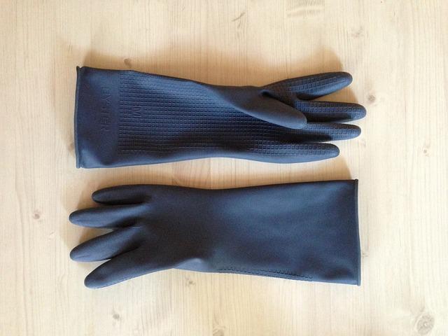 手袋で手の乾燥対策|ゴム手袋