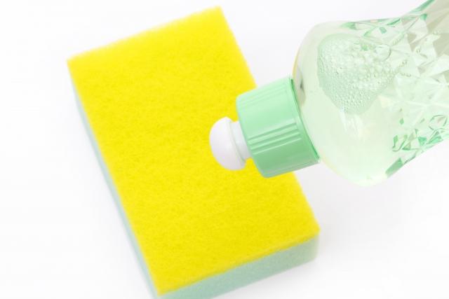 手の乾燥と湿疹|低刺激の洗剤