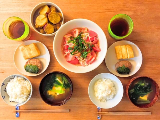 便秘解消の食べ物|バランスの良い食事