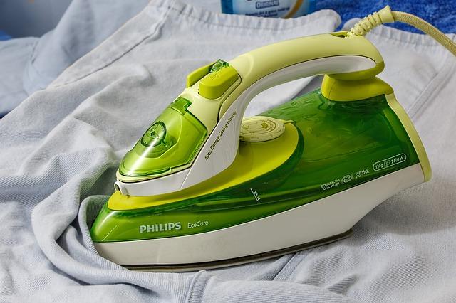 洗濯物の臭いの取り方|アイロンをかける