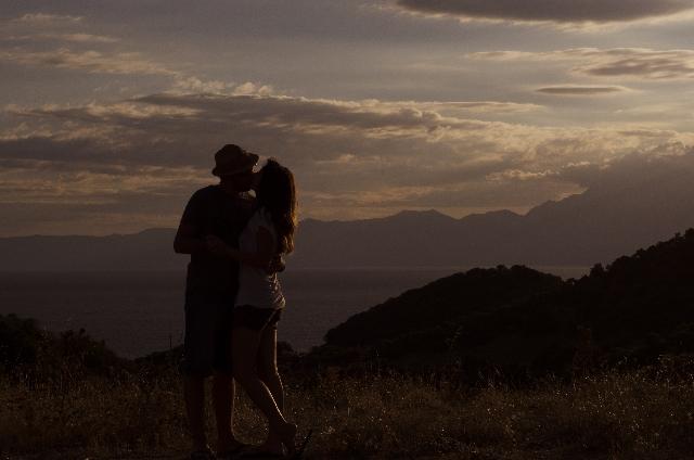 友達以上恋人未満のキス|衝動的な欲求