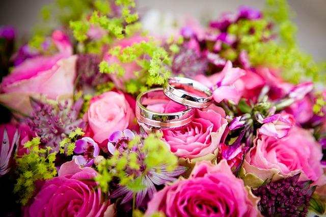 年上彼氏のメリット|結婚を意識しやすい