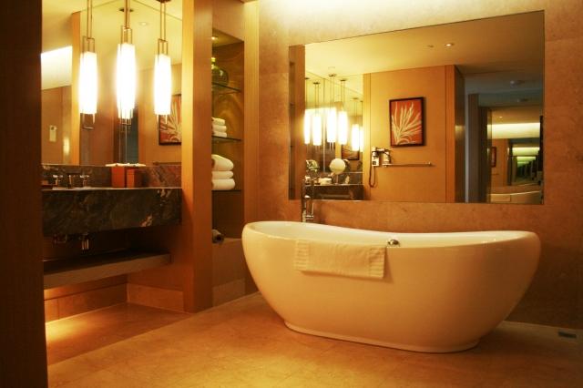背中のニキビ跡|お風呂の入浴手順に気をつける
