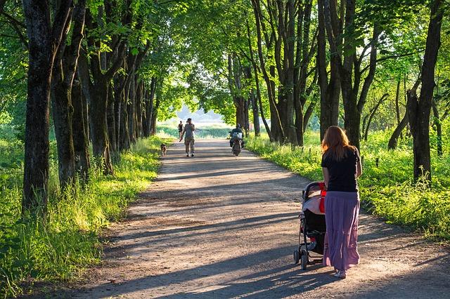 産後ダイエット成功の方法|赤ちゃんと一緒にお散歩