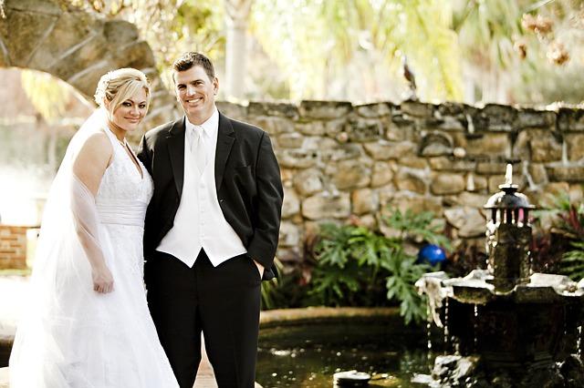 結婚の決め手|友人が結婚する瞬間