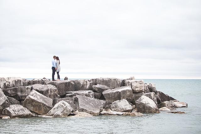 失恋から立ち直る方法|20代は切り替え力で次に進むコト