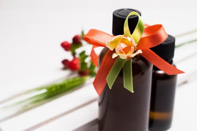 ニキビ跡をきれいにする化粧水の選び方・成分