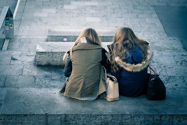 女性の自分磨き|付き合う人を選ぶ