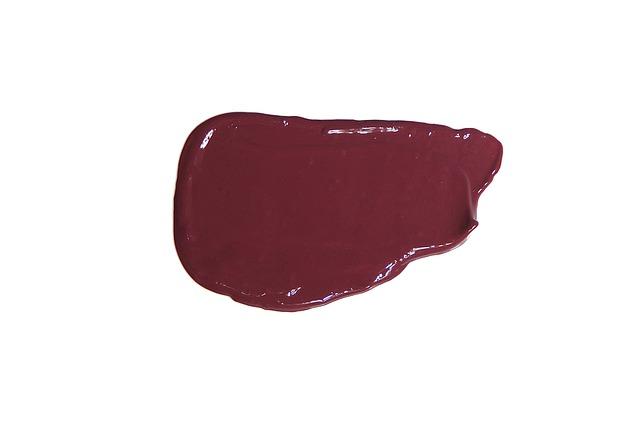 まつげ美容液の使い方|どのくらいの量を塗ったらいいの?