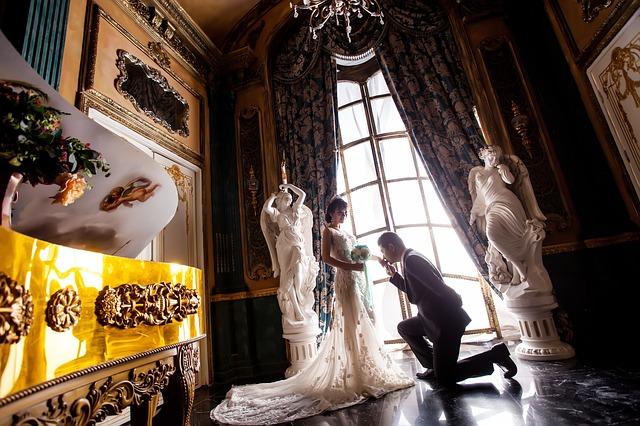 男性が結婚の決め手を実感する15の瞬間