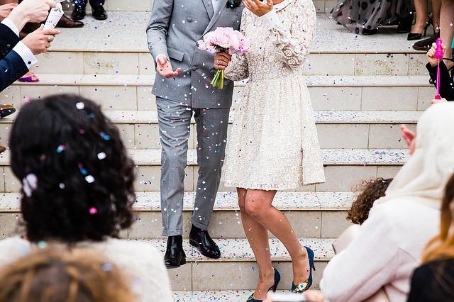 結婚式の出会い|新郎新婦が共通の話題に