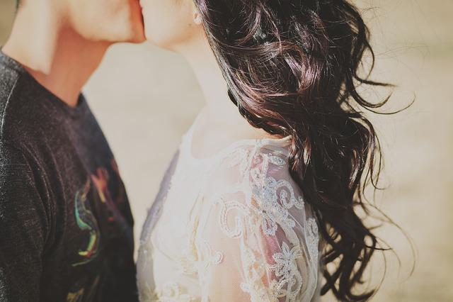 彼氏をどきっとさせてキスがしたいと思わせよう!