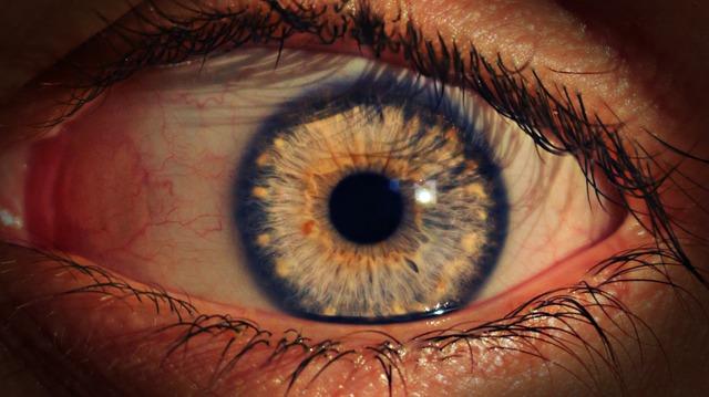 エマーキットを使うと目が充血するのはなぜ?