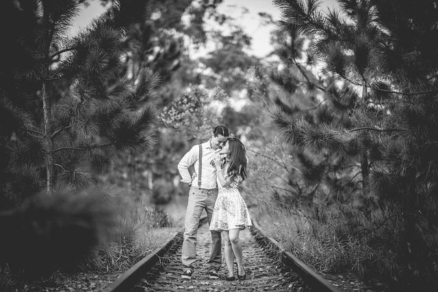 遠距離恋愛の結婚|イベントでは無理してでも会いに行く