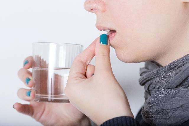 ベルタ葉酸サプリは食間時に3回に分けて飲む