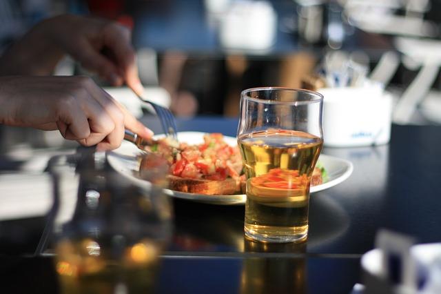 内臓脂肪を減らすための飲み方のコツ