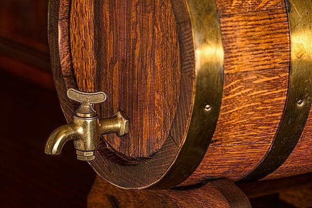 内臓脂肪が気になる方におすすめのお酒の種類