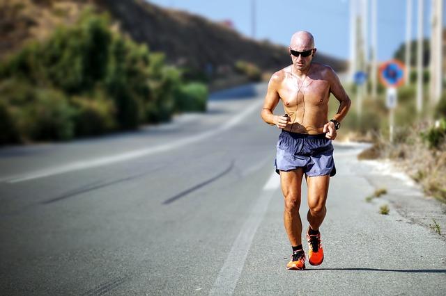 内臓脂肪を減らすおすすめの有酸素運動
