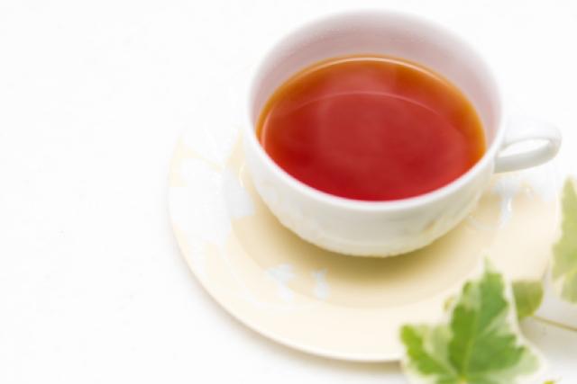 コレステロールを下げるお茶ならコレ!トクホ含む45品徹底比較!