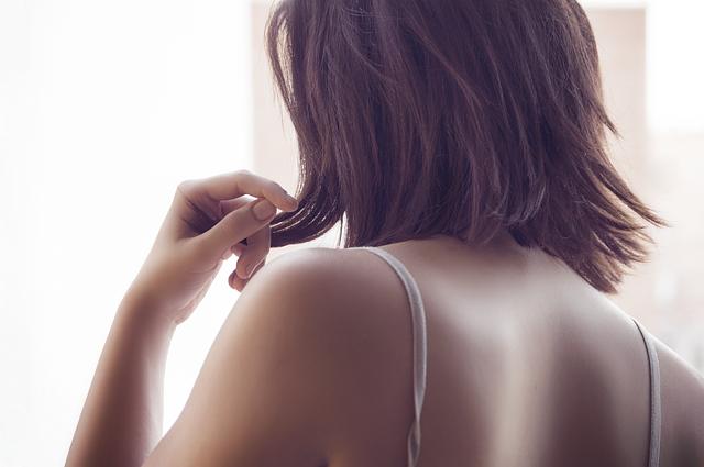 背中のニキビ跡を消すには|皮膚科〜市販薬までまとめ