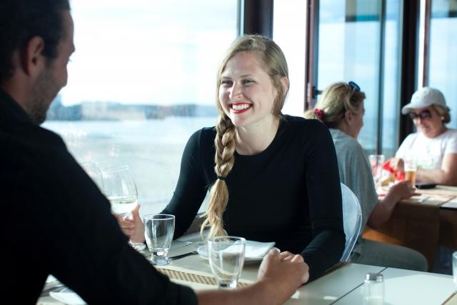 食事の誘い方9パターン|メールやLINE・職場で使えるモテ技とは